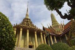 Wat Phra Kaeo (грандиозный дворец) в Бангкоке, Таиланде Стоковая Фотография