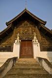 Wat Phra Kaeo universitetslärare Tao Arkivbilder