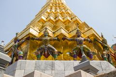 Wat Phra Kaew, висок изумрудного Будды, полное официальное название Wat Phra Si Rattana Satsadaram в Бангкоке, Таиланде Стоковые Фотографии RF