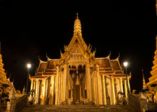 Wat Phra Kaew in Bangkok at night Stock Photos