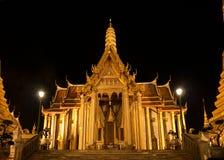 Wat Phra Kaew in Bangkok at night Stock Photos