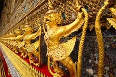 Wat Phra Kaew, conhecido geralmente em ingl?s como o templo de Emerald Buddha ou do pal?cio grande ? considerado como o Buddhi o  fotos de stock royalty free