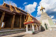 Wat Phra Kaew en Royal Palace in Bangkok, Thailand stock foto's