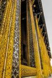 Wat Phra Kaew, in het Engels als Tempel van Emerald Buddha of het grote paleis algemeen wordt bekend dat wordt beschouwd als heil stock afbeeldingen