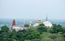 Wat Phra Kaew Noi of Weinig Wat Phra Kaew, bepalen van bovenop Phr de plaats Stock Afbeelding