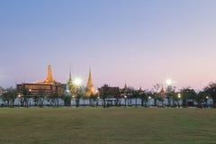 Wat Phra Kaew-Sonnenuntergang Bangkok, Thailand Lizenzfreie Stockbilder