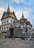 Wat Phra Kaew, tempio di Emerald Buddha, Bangkok, Tailandia Immagine Stock
