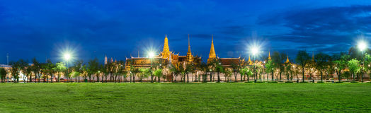 Wat Phra Kaew, Temple of the Emerald Buddha, Grand palace at twil Stock Photos
