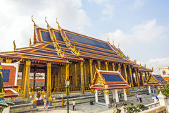 Wat Phra Kaew templet av Emerald Buddha, i Bangkok royaltyfri foto