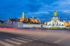 Wat Phra Kaew - templet av Emerald Buddha i Bangkok, Thailan Fotografering för Bildbyråer
