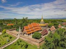 Wat Phra That Lampang Luang, een oriëntatiepunt van L stock afbeelding
