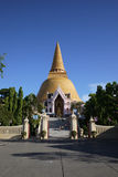Wat Phra Pathom Chedi,佛统 免版税库存图片