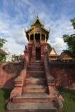 Wat Phra que Hariphunchai, província de Lamphun, Tailândia Fotos de Stock