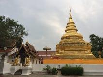 Wat Phra That Si Chom-Zapfen-Tempel lizenzfreies stockfoto