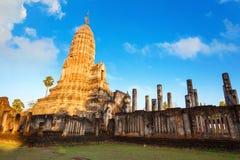 Wat Phra Si Rattana Mahathat, Chaliang przy Si Satchanalai Dziejowym parkiem -, UNESCO światowego dziedzictwa miejsce Zdjęcie Stock