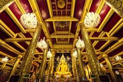 Wat Phra Si Rattana Mahathat, el templo es famoso por su estatua oro-cubierta del Buda, conocida como Phra Phuttha Chinnarat imagen de archivo