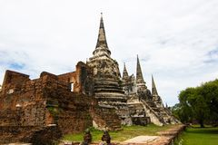 Wat Phra Si Sanphet, Ayutthaya Таиланд - висок в Ayutthaya в руинах королевского виска, который самые важные в t стоковое фото rf