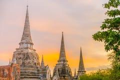 Wat Phra Si Sanphet bei Sonnenuntergang, Ayutthaya, Thailand Lizenzfreie Stockbilder