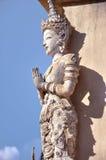 Deidade tailandesa em Wat Phra Singh imagens de stock royalty free