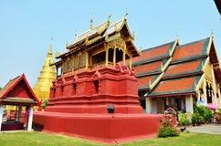 Wat Phra den Haripunchai av Lamphun Thailand Royaltyfria Foton