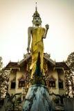 Wat Phra Tajlandia, Że Doi Kham Mu Ja jest świątynie popularne płacić hołd mnóstwo piękny sceniczny Mae Hong syn Wat Prathat Obraz Royalty Free