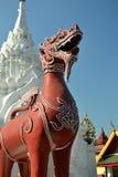Wat Phra Tart Hariphunchai Worra Mahawiharn (grande Singh tailandese 1) Immagini Stock Libere da Diritti