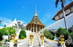 Wat Phrabuddhabat Royaltyfri Bild