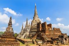 wat phrasrisanpetch寺庙的古老塔在泰国 免版税库存图片