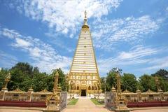 Wat Phrathat在乌汶叻差他尼省,泰国的Nong Bua 免版税库存照片