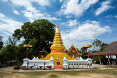 Wat Phrathat Doi Kham, район Chiang Kham, Phayao Стоковое Изображение RF