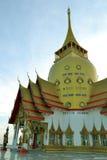 Wat Phrong-Akat (佛教寺庙在Chachoengsao) 库存照片