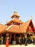 Wat Pong Sanook Tai,寺庙在Lampang,泰国 库存图片