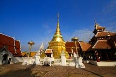 Wat Pong Sanuk.in lampang Stock Foto