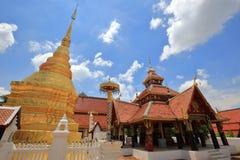 Wat pong sanuk nua,在lampang的佛教寺庙,在泰国北部 库存照片