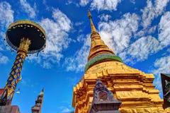 Wat Pong Sanuk Temple royaltyfria bilder