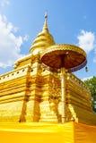 Wat Pra That Sri Jom läderremtempel Royaltyfri Bild