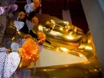 Wat Pranonjaksi, reclining Buddha, Sing Buri, Thailand.  Stock Photos