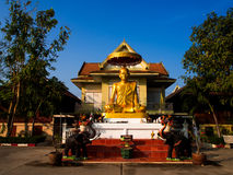 Wat Pranonjaksi som vilar Buddha, Sing Buri, Thailand Arkivbild