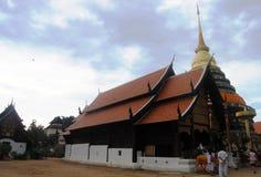 Wat Prathat在Lampang的Lampang Luang 免版税库存照片