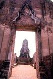 Wat Rajaburana i Ayutthaya fotografering för bildbyråer