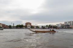 Wat Rakhang Khositaram (висок колоколов), Бангкок Стоковые Изображения RF