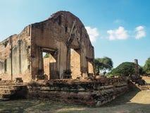 Wat Rat Burana tempel i Ayutthaya Arkivbilder