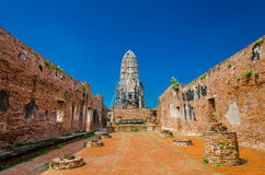 Wat Ratburana, Ayutthaya, Thailand Royaltyfria Foton