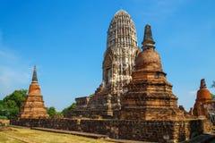 Wat Ratburana Temple en el parque histórico de Ayutthaya, Tailandia imágenes de archivo libres de regalías