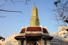 Wat Ratchaburana Buddhist tempel, Bangkok in Royaltyfri Bild