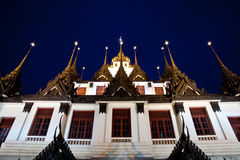 Wat Ratchanadda, Loha Prasat,泰国建筑学 免版税库存照片
