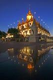 Wat Ratchanadda Reflaction Landmark av bangkok fotografering för bildbyråer