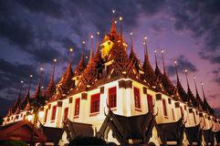 Wat Ratchanaddaram Loha Prasat Royaltyfri Fotografi
