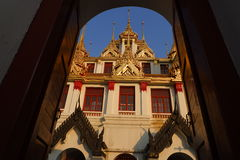 Wat Ratchanatdaramn Bangkok, Thailand royaltyfri bild