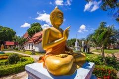 Wat rong的张菩萨在Phichit泰国 库存图片